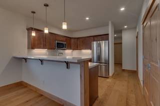Listing Image 10 for 11679 McClintock Loop, Truckee, CA 96161