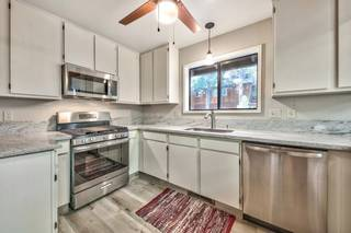 Listing Image 13 for 12156 Oslo Drive, Truckee, CA 96161-0000