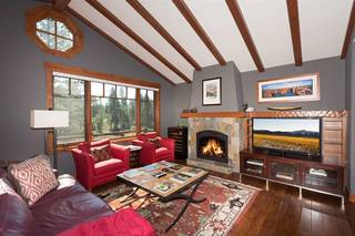 Listing Image 4 for 10201 Annies Loop, Truckee, CA 96161