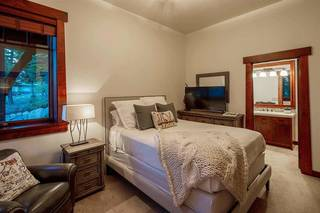 Listing Image 19 for 12348 Skislope Way, Truckee, CA 96161