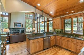 Listing Image 9 for 12445 Lookout Loop, Truckee, CA 96161