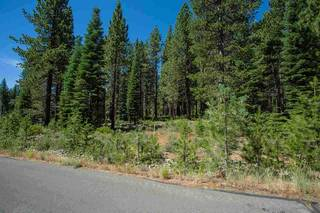 Listing Image 2 for 11790 Bottcher Loop, Truckee, CA 96161