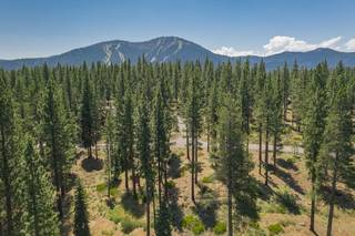 Listing Image 3 for 7095 Lahontan Drive, Truckee, CA 96161