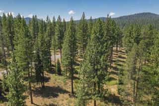 Listing Image 5 for 7095 Lahontan Drive, Truckee, CA 96161