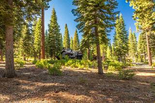 Listing Image 4 for 10580 Glenbrook Court, Truckee, CA 96161