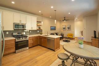 Listing Image 4 for 11349 Wolverine Circle, Truckee, CA 96161