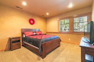 Listing Image 17 for 11521 Bottcher Loop, Truckee, CA 96161