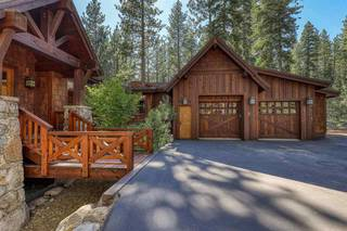 Listing Image 2 for 11521 Bottcher Loop, Truckee, CA 96161