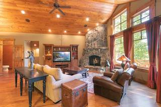 Listing Image 3 for 11521 Bottcher Loop, Truckee, CA 96161