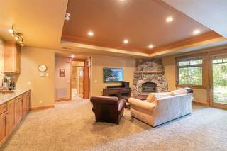 Listing Image 10 for 11521 Bottcher Loop, Truckee, CA 96161