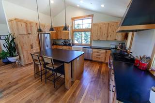 Listing Image 12 for 14012 Gates Look, Truckee, CA 96161