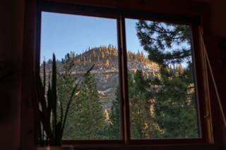 Listing Image 14 for 14012 Gates Look, Truckee, CA 96161