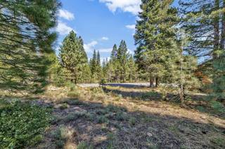 Listing Image 13 for 12844 Zurich Place, Truckee, CA 96161-0000