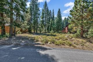 Listing Image 7 for 12844 Zurich Place, Truckee, CA 96161-0000