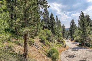 Listing Image 11 for 1880 Apache Court, Olympic Valley, CA 96146