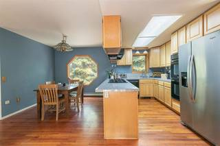 Listing Image 7 for 10798 Laurelwood Drive, Truckee, CA 96161-2539
