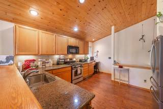 Listing Image 4 for 15141 Royal Way, Truckee, CA 96161