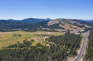 Listing Image 17 for 10111 Bunny Hill Road, Soda Springs, CA 92728