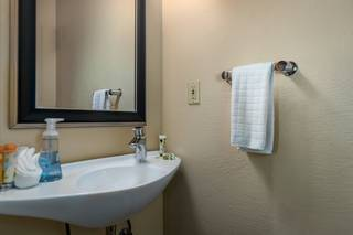 Listing Image 15 for 5084 Gold Bend, Truckee, CA 96161