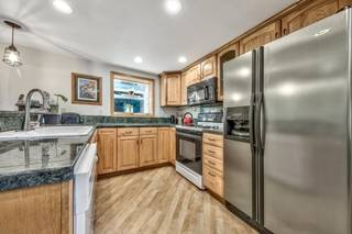 Listing Image 14 for 12477 Stony Creek Court, Truckee, CA 96161-2846