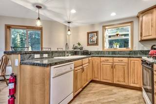 Listing Image 15 for 12477 Stony Creek Court, Truckee, CA 96161-2846