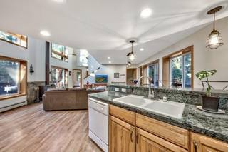 Listing Image 16 for 12477 Stony Creek Court, Truckee, CA 96161-2846