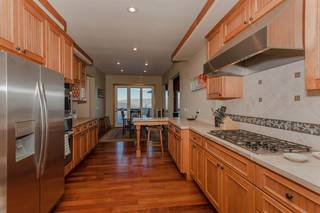 Listing Image 5 for 12895 Pinnacle Loop, Truckee, CA 96161