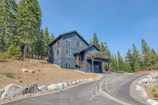 Listing Image 15 for 16304 Skislope Way, Truckee, CA 96161-8045