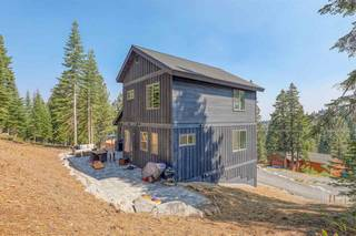 Listing Image 3 for 16304 Skislope Way, Truckee, CA 96161-8045