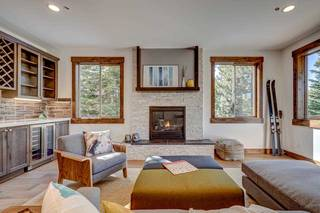 Listing Image 4 for 11791 Ghirard Road, Truckee, CA 96161-2771