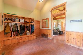 Listing Image 4 for 10915 Royal Crest Drive, Truckee, CA 96161-1188