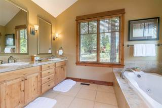 Listing Image 6 for 12403 Lookout Loop, Truckee, CA 96161