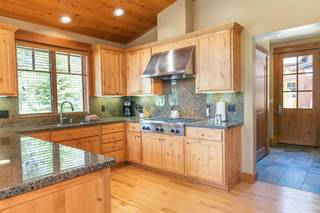 Listing Image 7 for 12403 Lookout Loop, Truckee, CA 96161