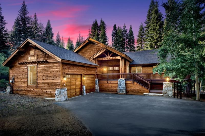 Image for 11347 Skislope Way, Truckee, CA 96161-6615