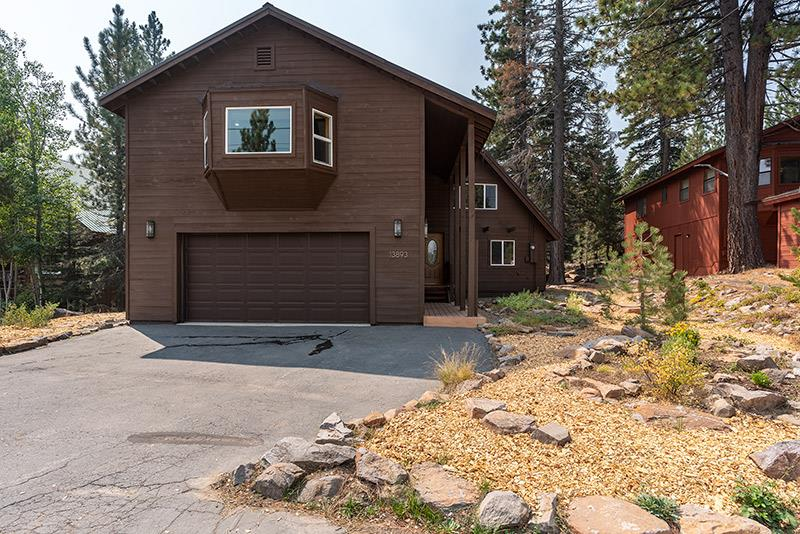Image for 13893 Gyrfalcon Street, Truckee, CA 96161
