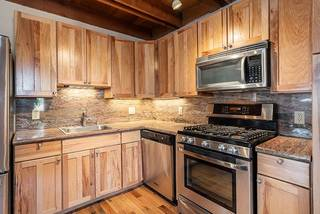Listing Image 5 for 13893 Gyrfalcon Street, Truckee, CA 96161