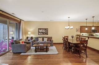 Listing Image 2 for 11527 Dolomite Way, Truckee, CA 96161