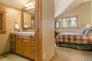 Listing Image 10 for 12498 Lookout Loop, Truckee, CA 96161