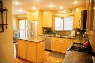 Listing Image 6 for 2827 Sierra View Ave, Tahoe City, CA 96145