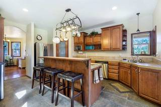 Listing Image 4 for 10310 Hirschdale Road, Truckee, CA 96161