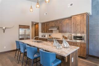 Listing Image 3 for 9102 Heartwood Drive, Truckee, CA 96161