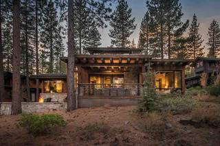 Listing Image 2 for 10706 Avoca Circle, Truckee, CA 96161