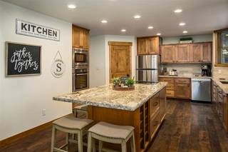 Listing Image 4 for 10760 Skislope Way, Truckee, CA 96161