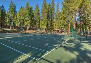 Listing Image 17 for 2000 North Village Drive, Truckee, CA 96161
