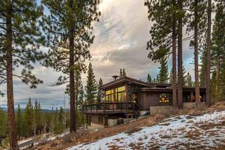 Listing Image 2 for 8262 Ehrman Drive, Truckee, CA 96161