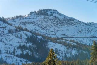 Listing Image 11 for 15516 Donner Pass Road, Truckee, CA 96161-3609