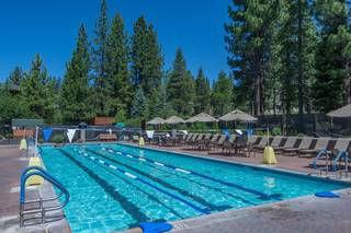 Listing Image 19 for 13025 Roundhill Drive, Truckee, CA 96161