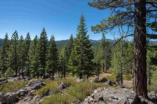 Listing Image 9 for 13025 Roundhill Drive, Truckee, CA 96161