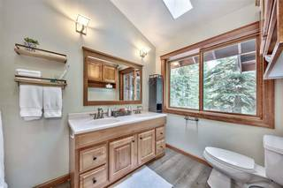 Listing Image 12 for 12425 Skislope Way, Truckee, CA 96161-6620