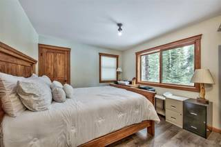 Listing Image 15 for 12425 Skislope Way, Truckee, CA 96161-6620
